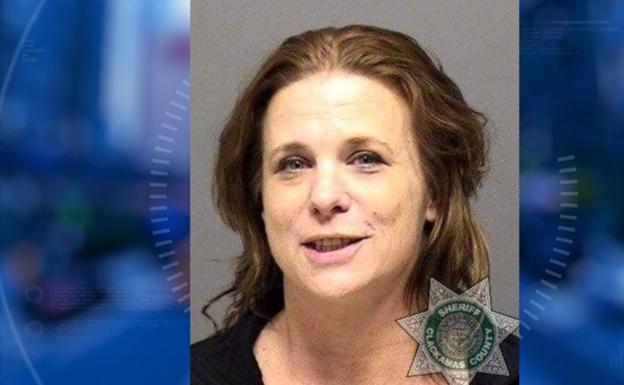Encarcelan a la mujer que mató a su novio con un beso